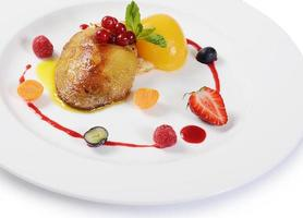 Foie Gras mit Toast und Aprikose foto