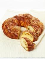 frisch gebackenes süßes Brot foto