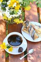 Kaffee im Garten foto