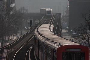 U-Bahn in Hamburg foto