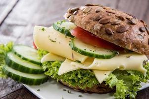frisch gemachtes Käsesandwich foto