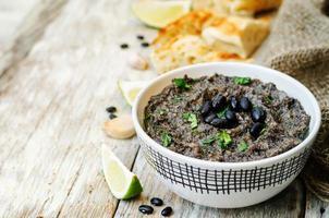 schwarze Bohnen Hummus foto