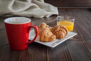 komplettes Frühstück foto