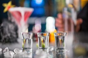 Schnüffler auf der Bar foto