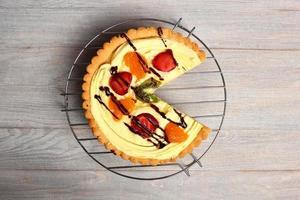 Obstkuchen mit Gebäckcreme