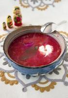 hausgemachte vegeterianische Borschtschsuppe