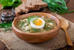 grüne Sauerampfer-Suppe foto