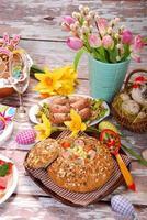 weißer Borschtsch in Brot für Ostern foto