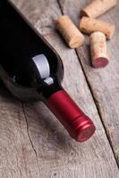 Flasche Rotwein foto