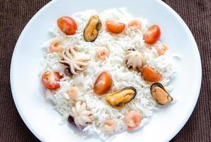 Basmatireis mit Meeresfrüchten foto
