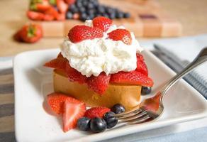 Erdbeer-Shortcake foto