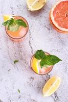 Grapefruitgetränke foto