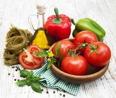 Zutaten für italienische Pasta foto