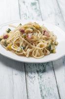 Nudeln mit Zucchini foto