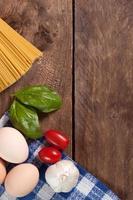 Zutaten für die Zubereitung einer Mahlzeit. foto