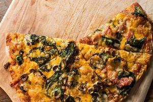 Selbstgemachte Pizza