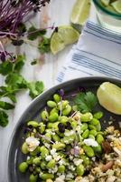 vegetarischer Vollwert-Salat foto