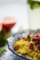 Nahansicht, Couscous-Salat mit Granatapfel