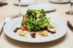 frischer Bio-Salat foto