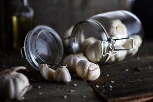 Knoblauch auf strukturiertem Hintergrund foto
