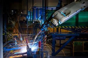 hd: Roboterarmschweißen. foto