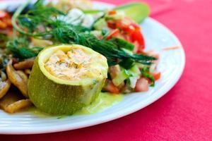 Gefüllte Zucchini foto