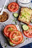 Sandwich mit Gemüse foto