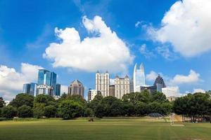 Skyline von Midtown Atlanta, Georgia foto
