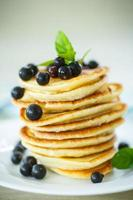 Pfannkuchen mit Johannisbeeren