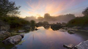 Morgen auf dem Fluss foto