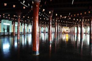 Tai Ta Ya Kloster oder Sao Roi Ton Tempel foto