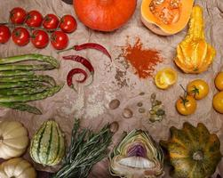 Gemüse und Gewürze foto