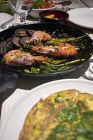 Nahaufnahme des spanischen Abendessens foto