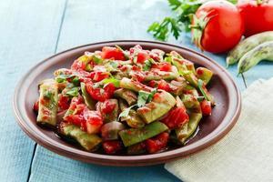grüne Bohnen mit Tomaten Lobio foto