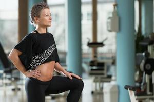 Porträt einer körperlich gesunden jungen Frau