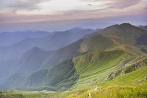 hügelige Landschaft foto