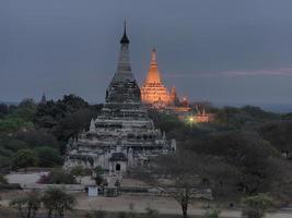Ananda-Tempel um 5 Uhr morgens