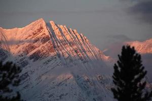 felsige Berge im Winter foto