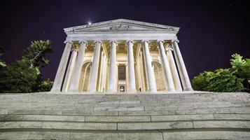 Jefferson Memorial in der Nacht foto
