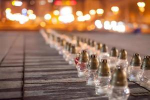 Yahrzeit Kerzen auf dem Unabhängigkeitsplatz in Kiew foto