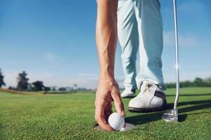 Golfmann setzen foto