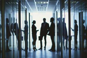 Teamarbeit im Korridor foto