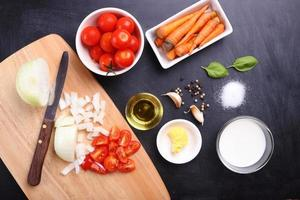Zutaten für Tomatensuppe foto
