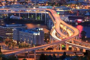 Interstate 5 während der Hauptverkehrszeit foto
