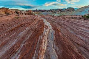Feuerwelle Duo Farbe Felsformationen Muster foto