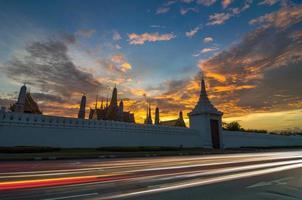 großer palast von thailand oder wat phra kaew in bangkok foto