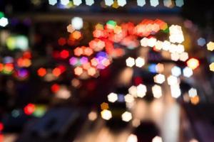 abstraktes Sternbokeh des Transports auf der Straße foto