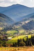 schöne Berglandschaft in Karpaten