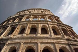 Colosseo und Himmel