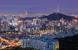 Seoul Skyline und n Seoul Tower foto